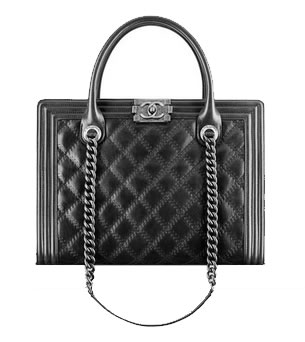 Boy Chanel Large Zipped Bag